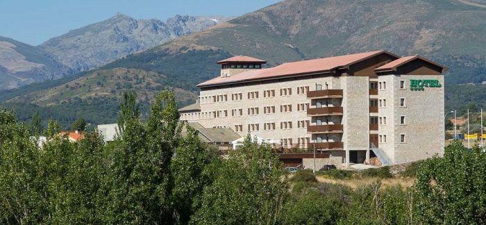 L_181650_hotel-mirador-gredos-fachada-1