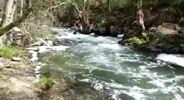 rio cuerpo de hombre